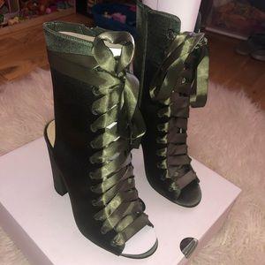 NWT ALDO Rosamilia Heels